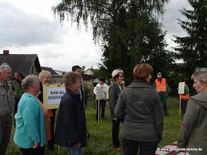 Protestaktion 2014 Casekow blockiert die L27 (Bild Archiv gemeinde-tantow.de)