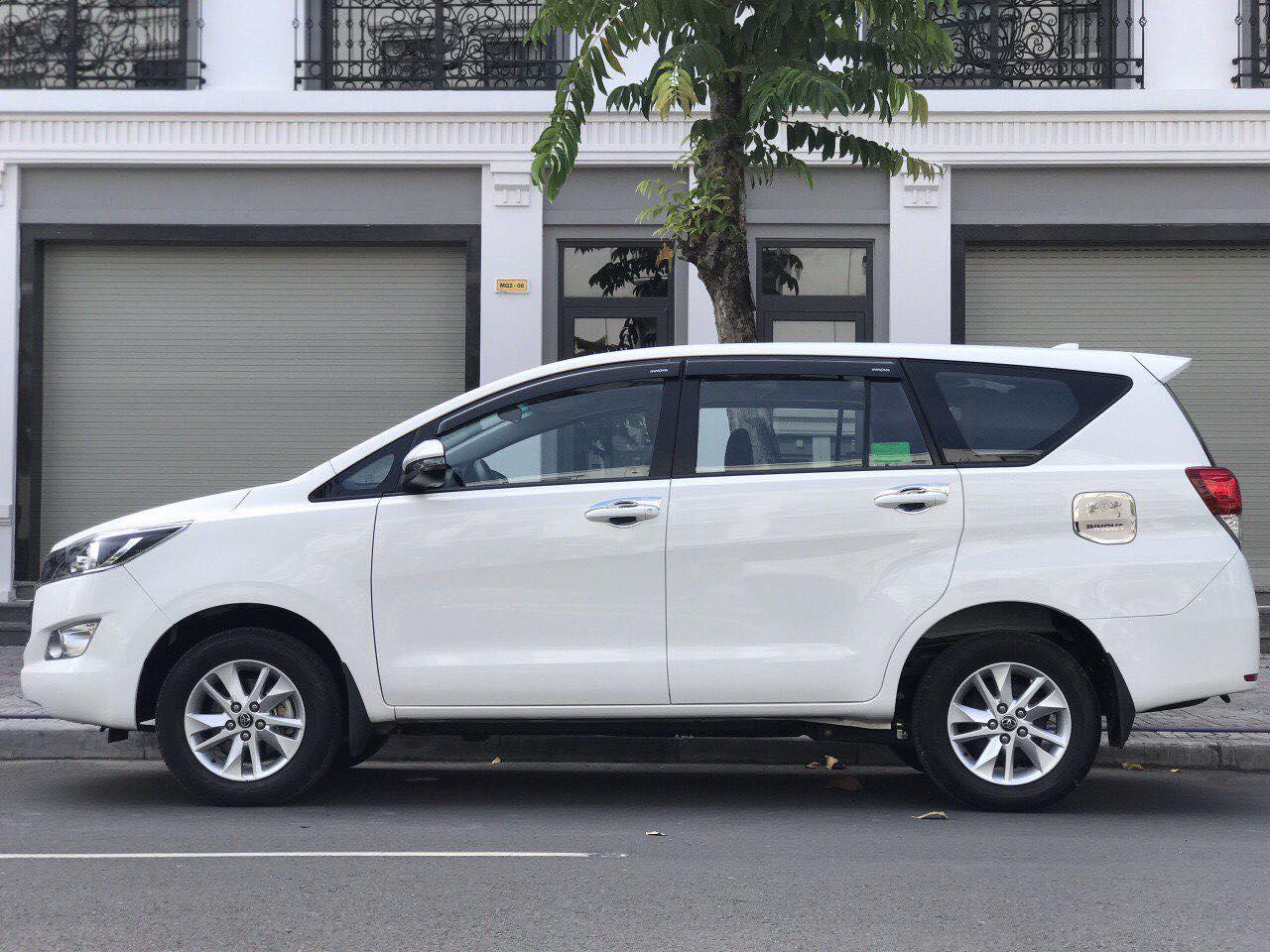 Dịch vụ thuê xe 7 chỗ tại quận 9 của công ty Huy Đạt