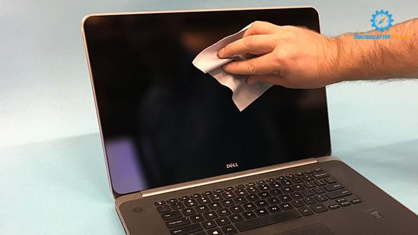 hướng dẫn tự vệ sinh laptop