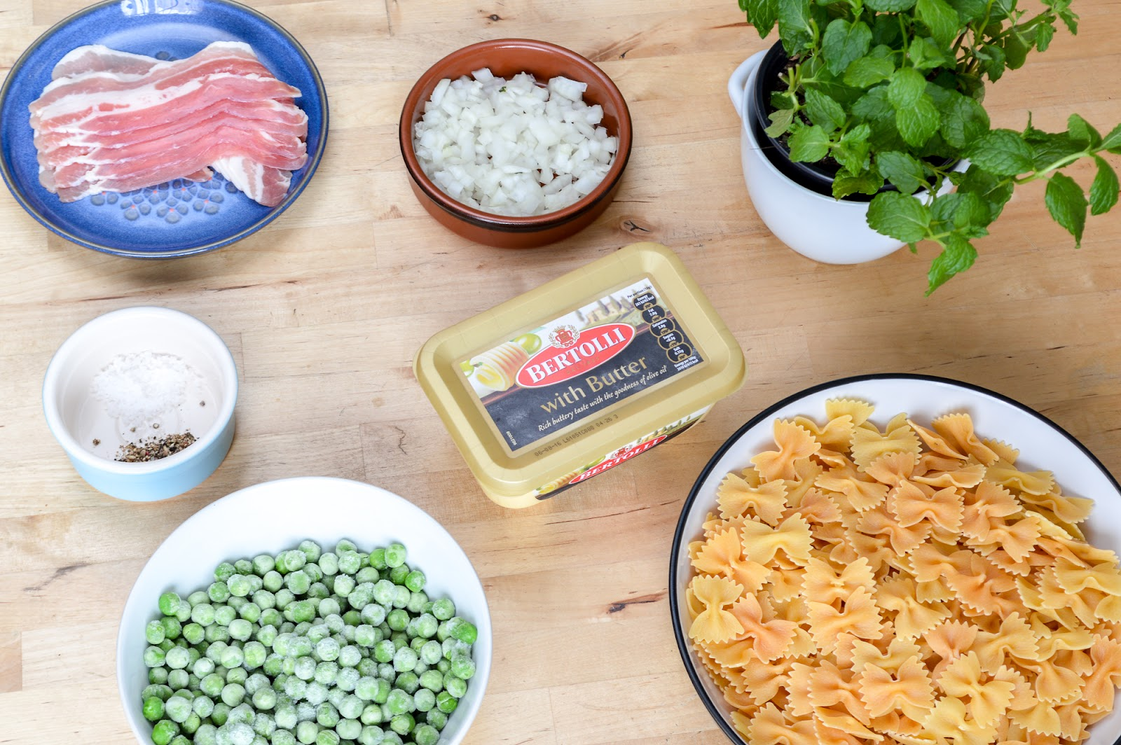 Ingredients for Gennaro's Easy Pancetta Patsa with Peas