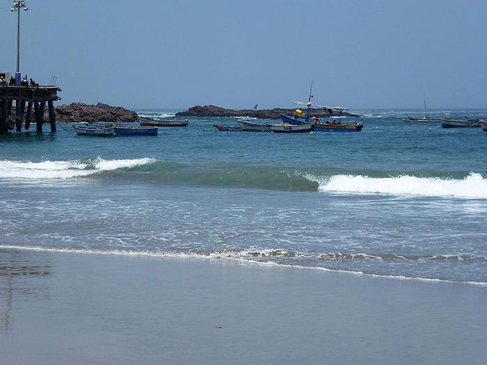 Una de las hermosas playas en Chala