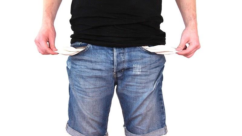Empty pockets seller