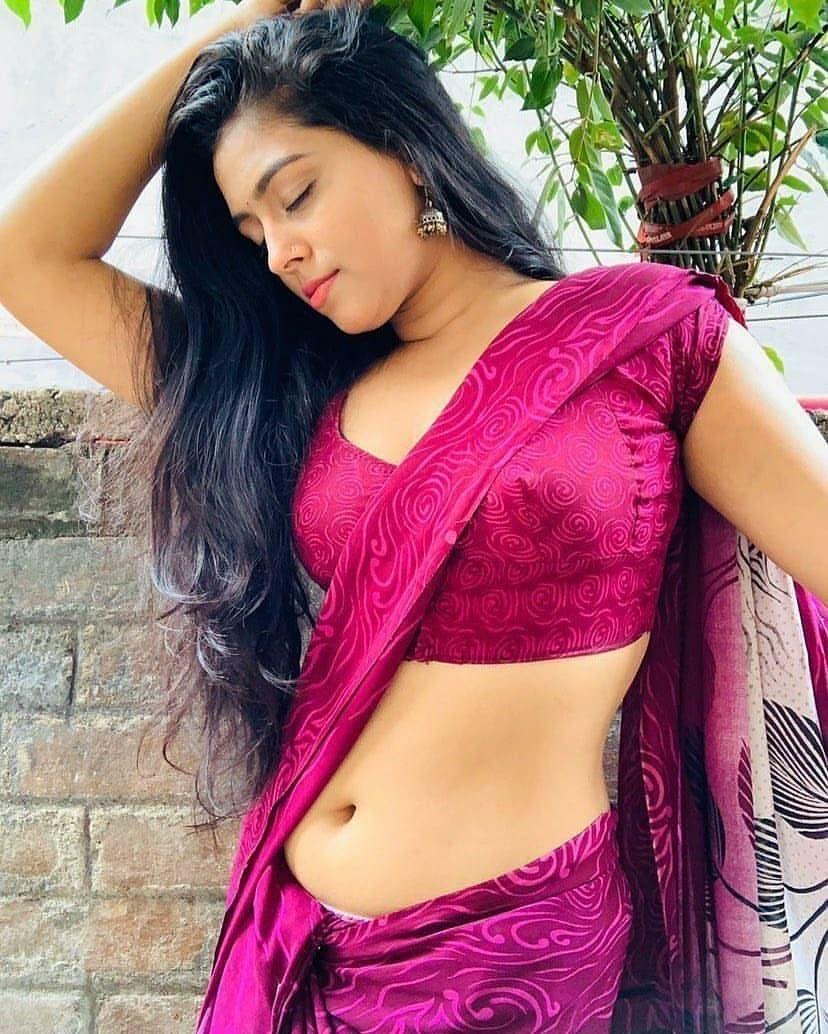 Instagram model KAJAL TIWARI latest saree navel photos Navel Queens
