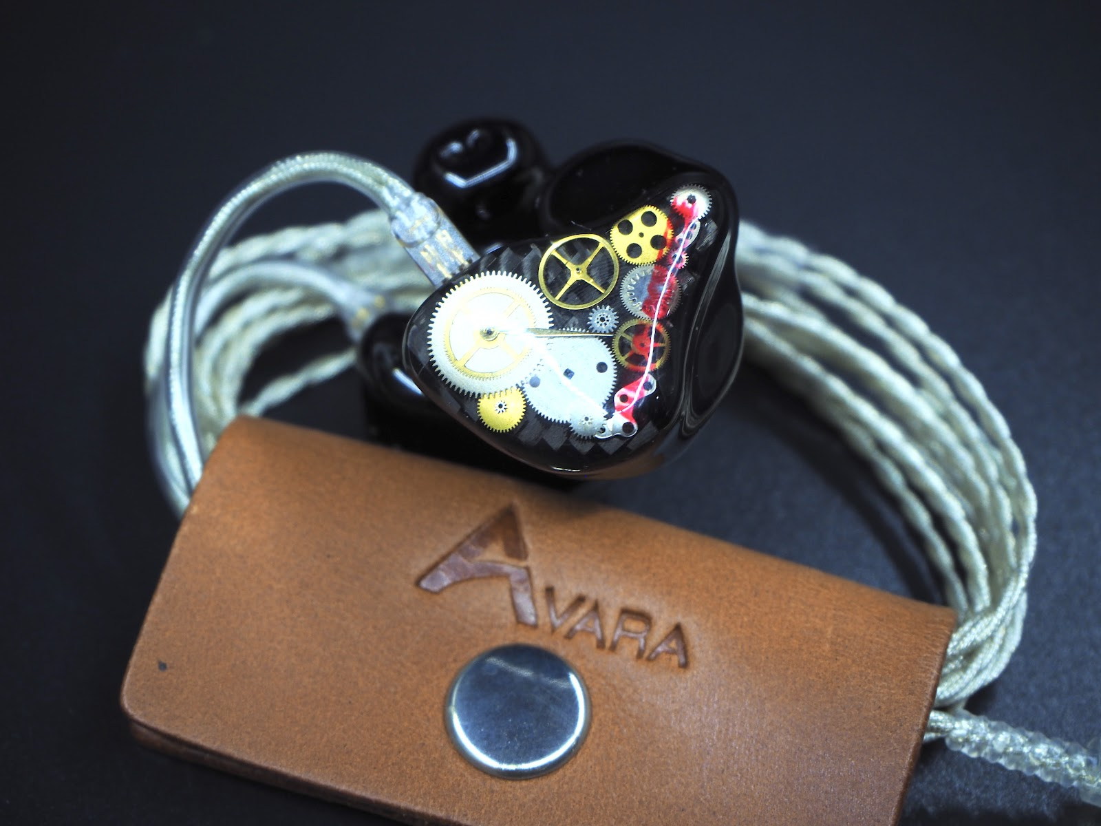 Avara AV3
