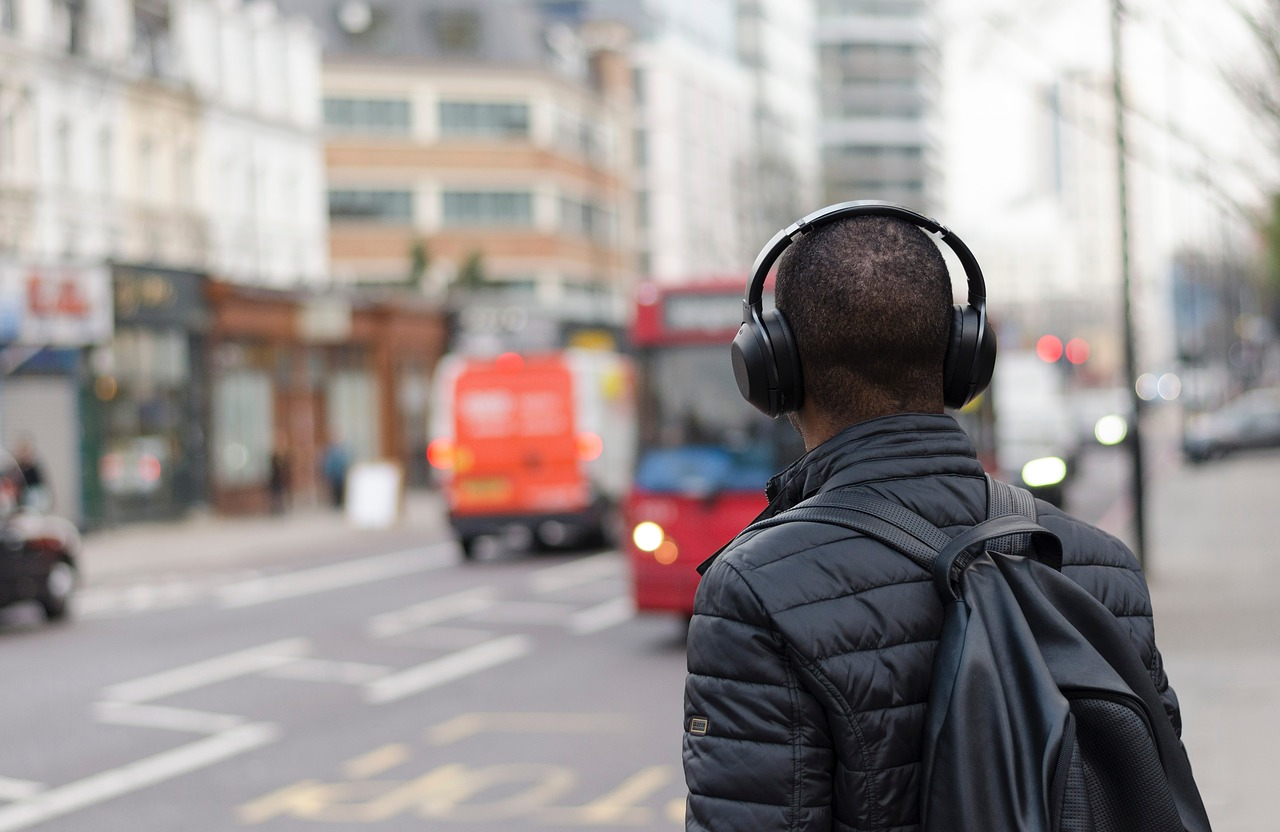 What Is Noise Cancelling And Why Is Everyone Obsessed With It?