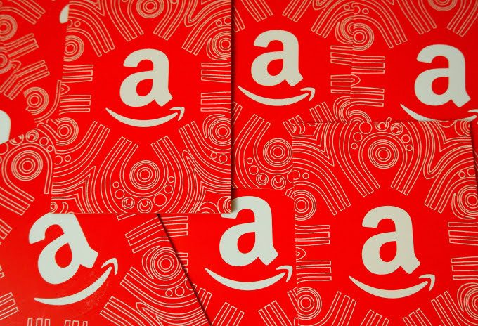 Amazon to let users read articles on its platform. 2