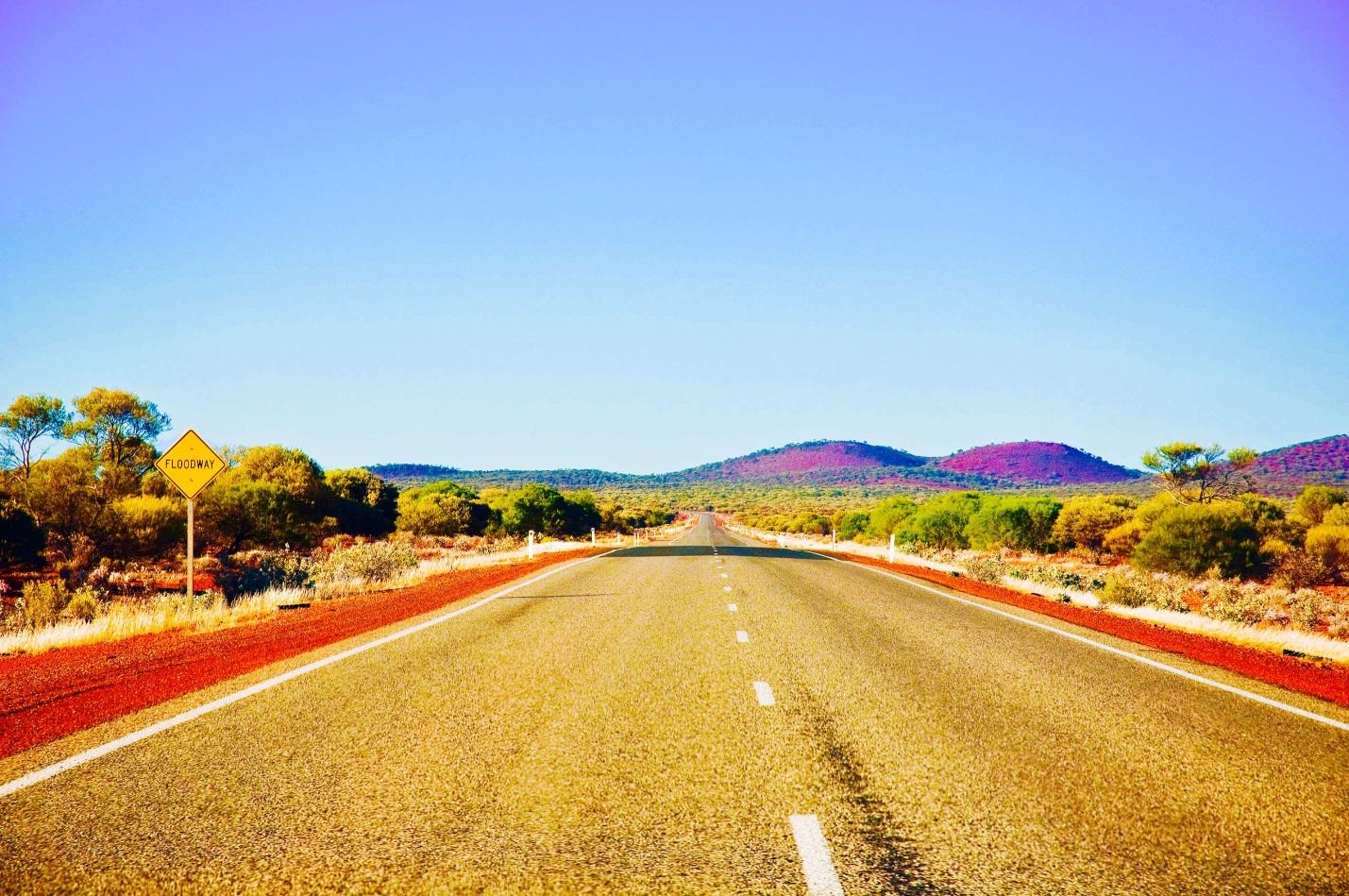 File:Outback Western Australia's Long and Lonesome Road.jpeg - Wikimedia  Commons
