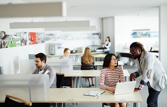 Sử dụng dịch vụ cho thuê văn phòng giúp doanh nghiệp tiết kiệm được thời gian và chọn được văn phòng phù hợp