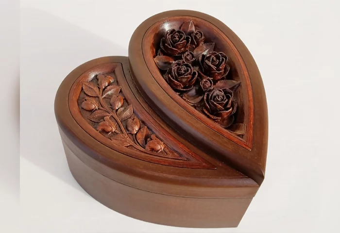 3d printed heart shaped box with rose engraving