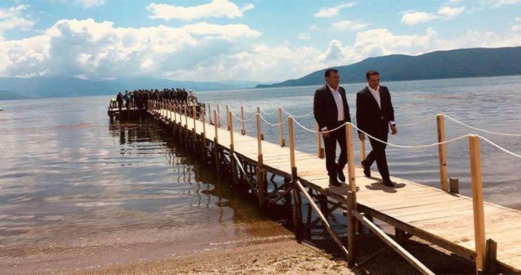 https://www.pentapostagma.gr/wp-content/uploads/2019/03/Tsipras-Zaef-prespes-gefyra-1024x737.jpg