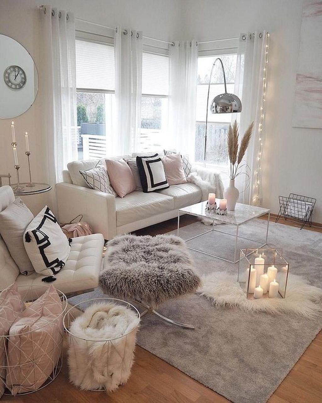 The White Cozy Living Room