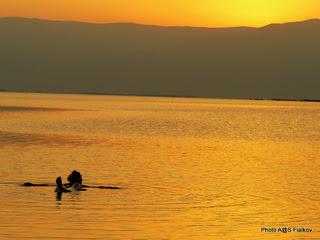 Рассвет на Мертвом море. Экскурсия Путешествие вдоль Мертвого Моря. Гид в Израиле Светлана Фиалкова.