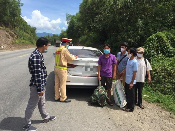 4 người từ Đà Nẵng trốn về quê Quảng Trị do thất nghiệp - Ảnh 1
