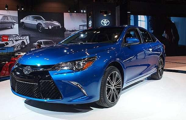 2016 toyota camry review. Black Bedroom Furniture Sets. Home Design Ideas
