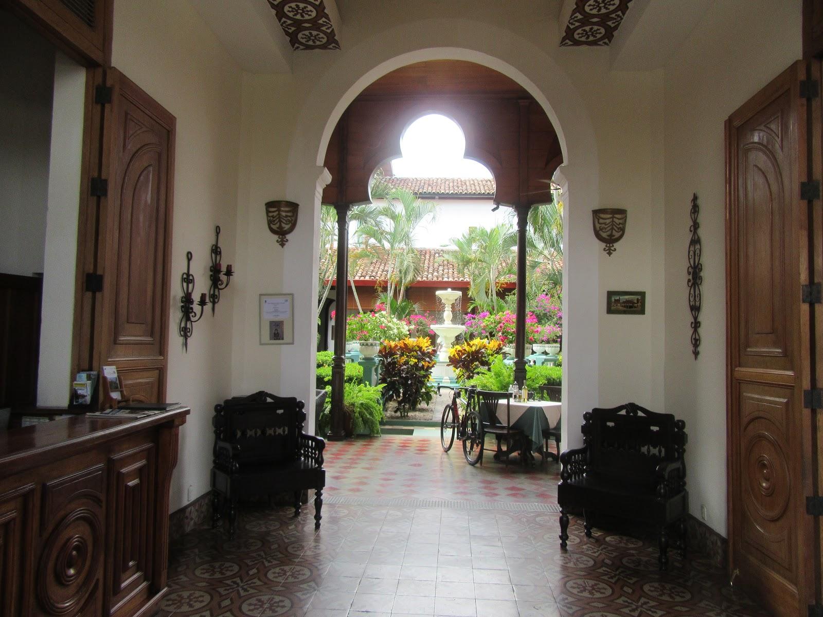 Cycling Mombacho Volcano, Hotel Dario, Granada Nicaragua - lobby and bicycle