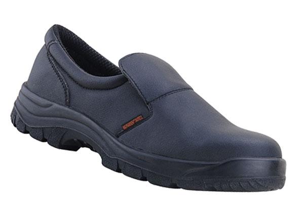 Giày bảo hộ nhập khẩu đang chiếm được nhiều cảm tình từ người tiêu dùng