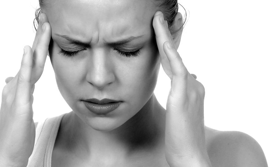 http://a3145z1.americdn.com/wp-content/uploads/2014/11/cure-your-headache-using-this-great-natural-remedy-made-with-only-2-ingredients1.jpg