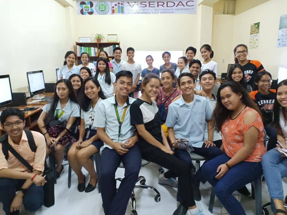 BSEcon students assisting VSU Senior high school students on a training on Basic data analysis in ViSERDAC