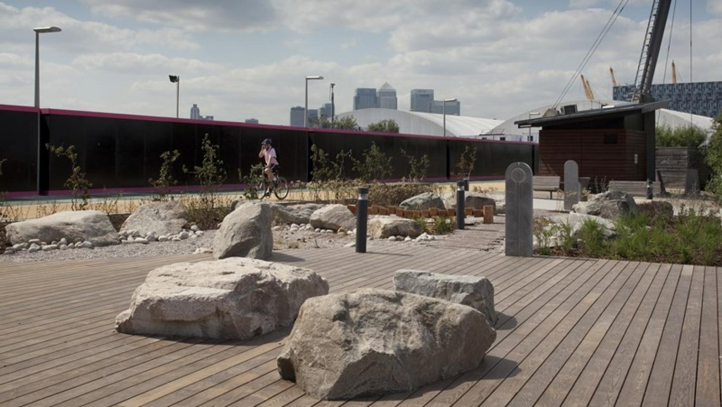 Sten kan blive brugt som siddepladser på terrassen