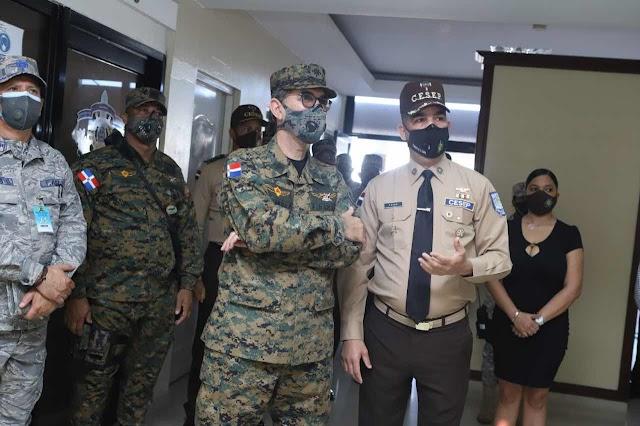 MINISTRO DE DEFENSA VISITA SEDE CUERPO ESPECIALIZADO SEGURIDAD PORTUARIA