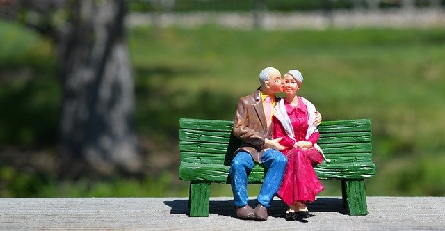 How much money do I need to retire? Here's a ceramic doll of an old couple