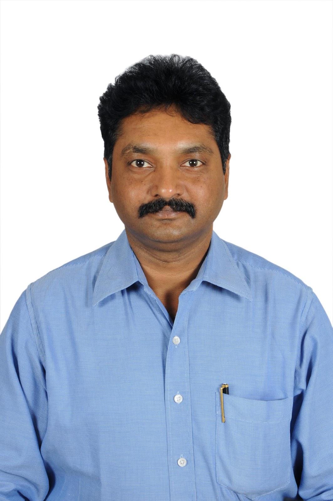 Dr Ravi.JPG