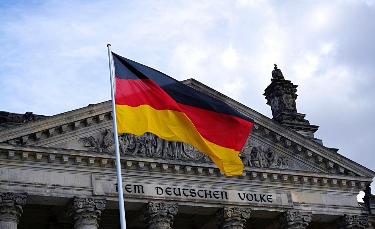 Στον πάγο» βάζει η Γερμανία τις πολεμικές αποζημιώσεις προς την Ελλάδα - Το  θέμα «έχει