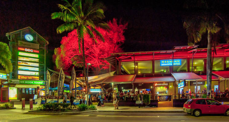 Experience the Nightlife of Airlie Beach