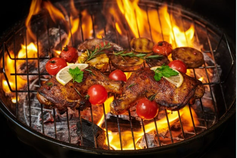 A picture containing dish, barbecue, pan  Description automatically generated