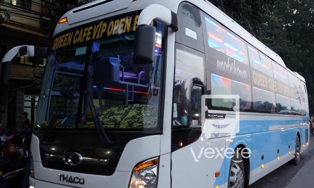Xe Queen Open Cafe Bus từ Hà Nội đi Đà Nẵng
