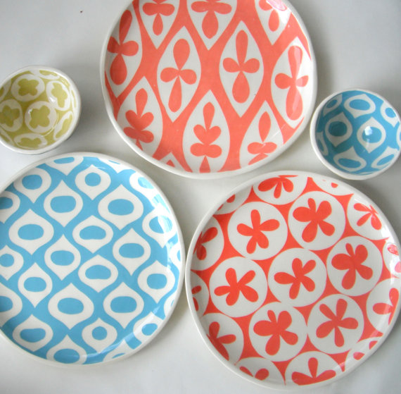 mod patterns on ceramic plates