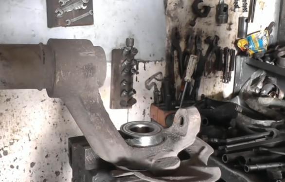 подшипник передней ступицы для Ланоса