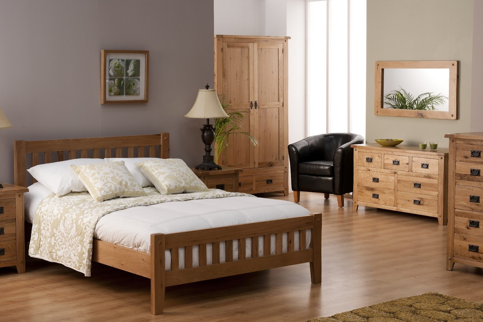_Stylish_wooden_furniture_for_the_bedroom_091602_.jpg