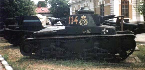 Rumunský R--2 (voj.muz.Bukurešť).jpg