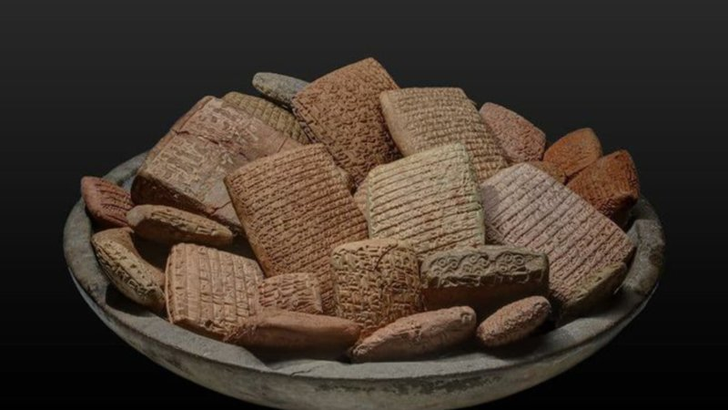 Whole Grain Buddy Cop Cuneiform Mini Wheats