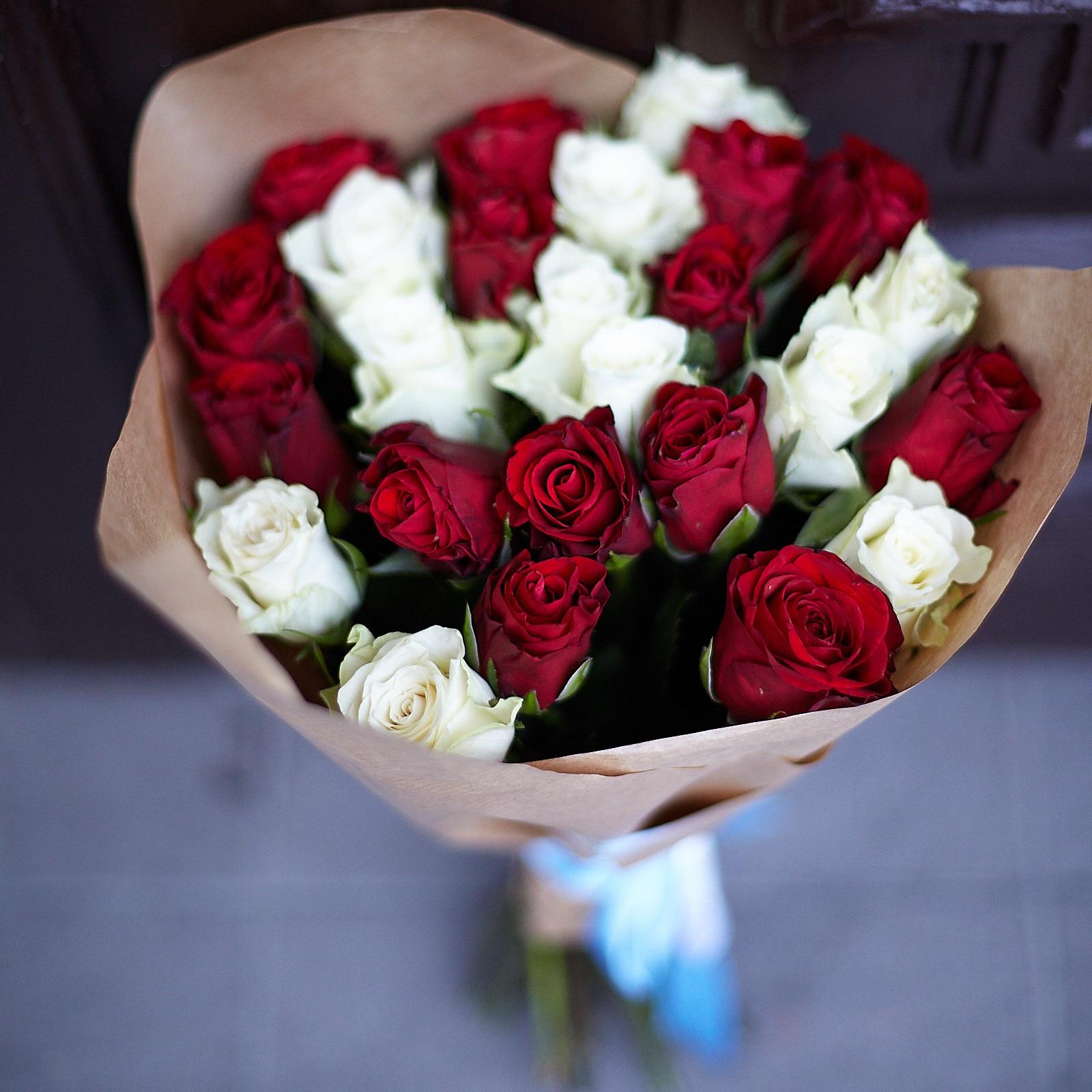 Что означает синий цвет розы