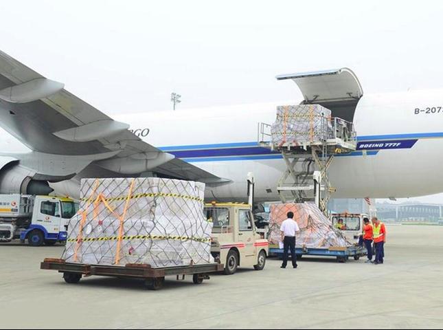 Quá trình vận chuyển hàng hóa đi Mỹ bằng đường hàng không