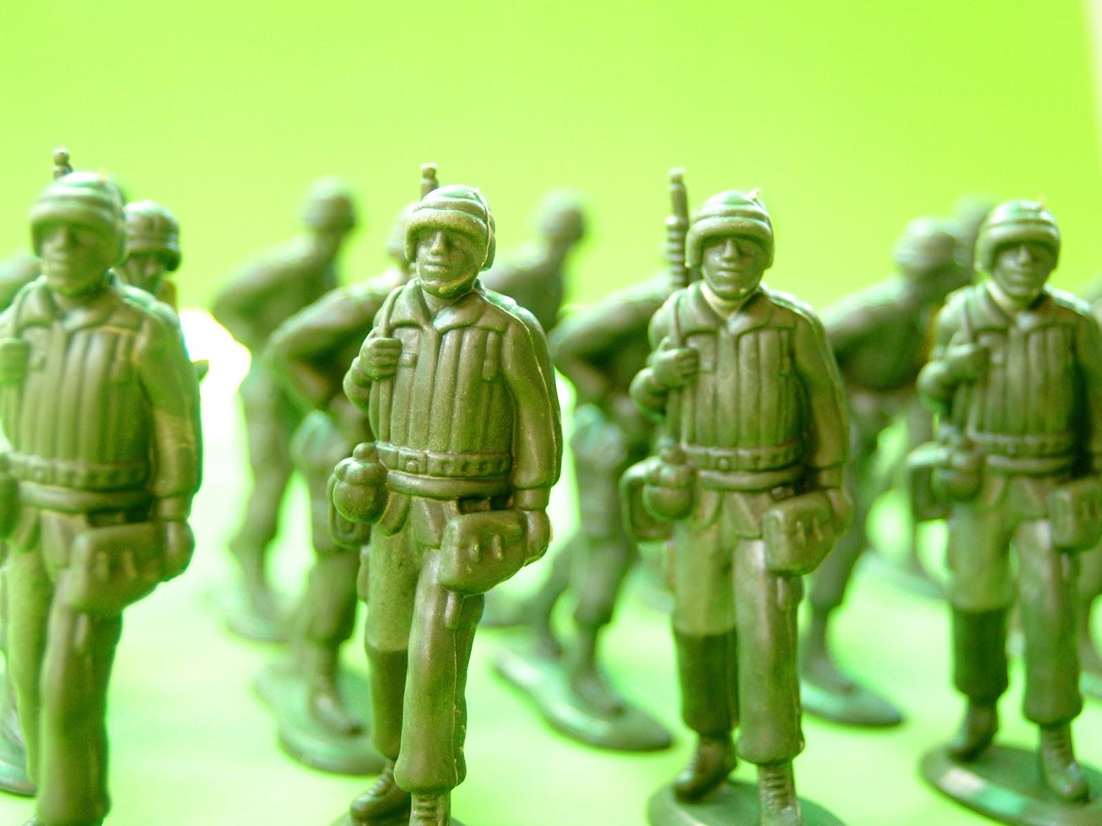 חיילי צעצוע ירוקים
