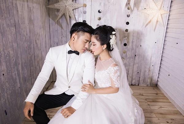 Sao bê tráp cho Trường Giang hóa ra đã có vợ đẹp, lại hết mực chiều chồng -  Sao Việt - Việt Giải Trí