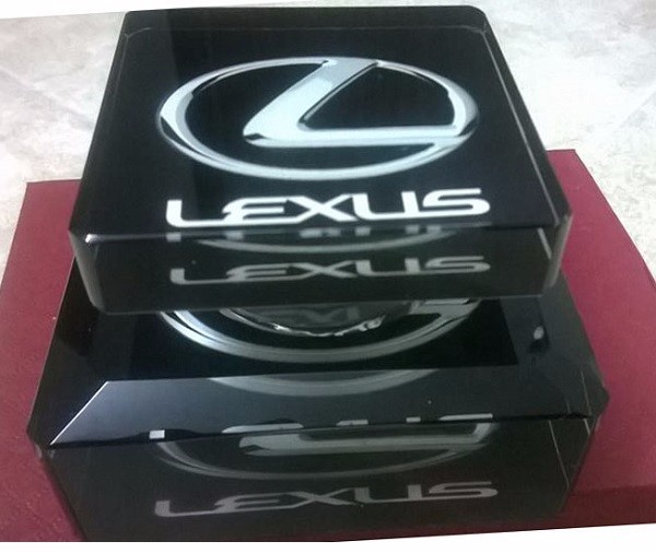 Tinh dầu thơm ô tô LEXUS
