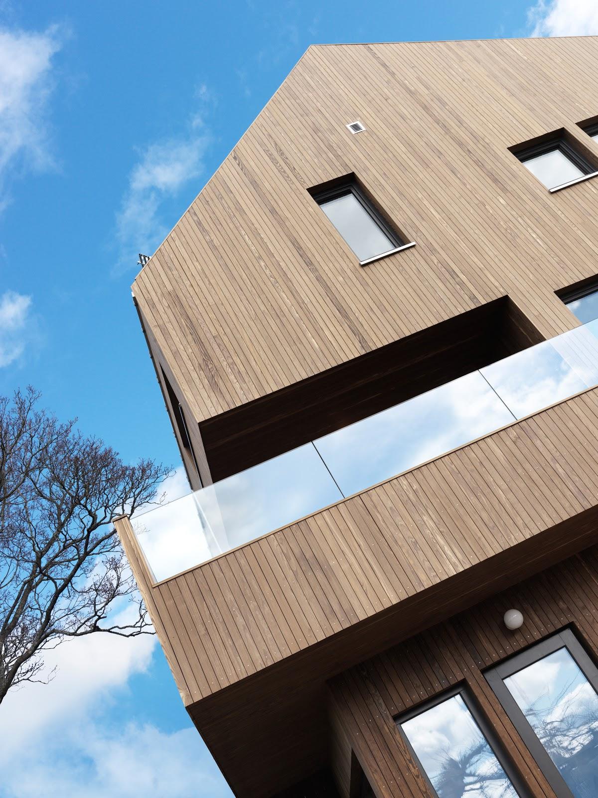 Kebony Clear fasade hus stående kledning.