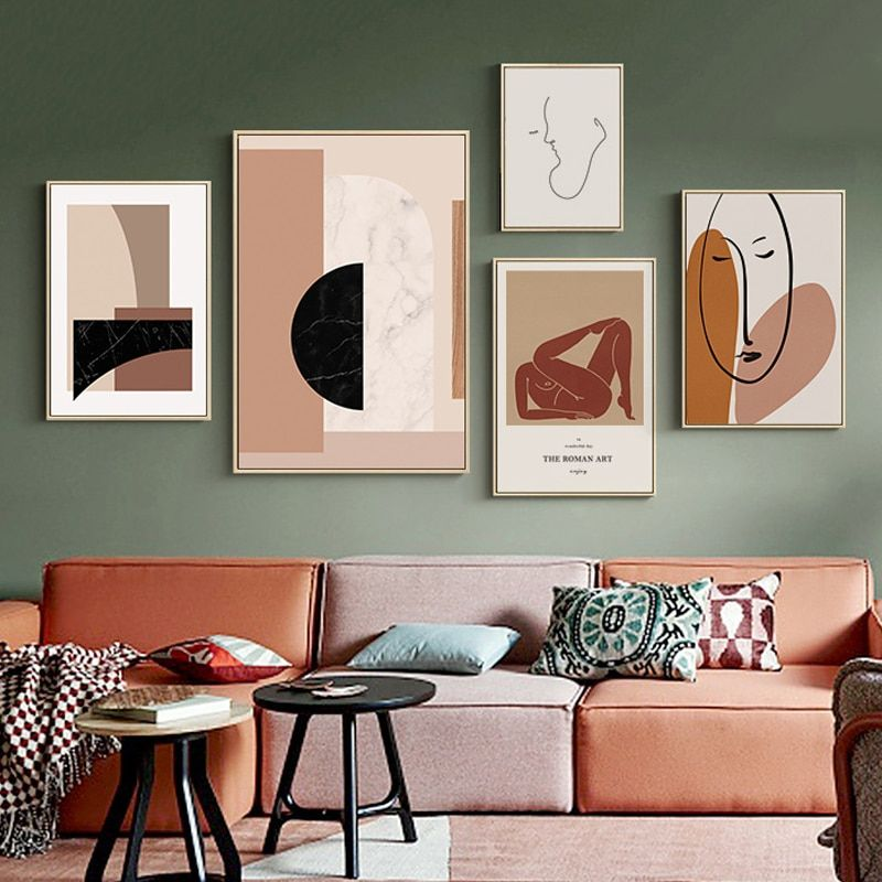 Arrange A Gallery Wall To Express Your Theme