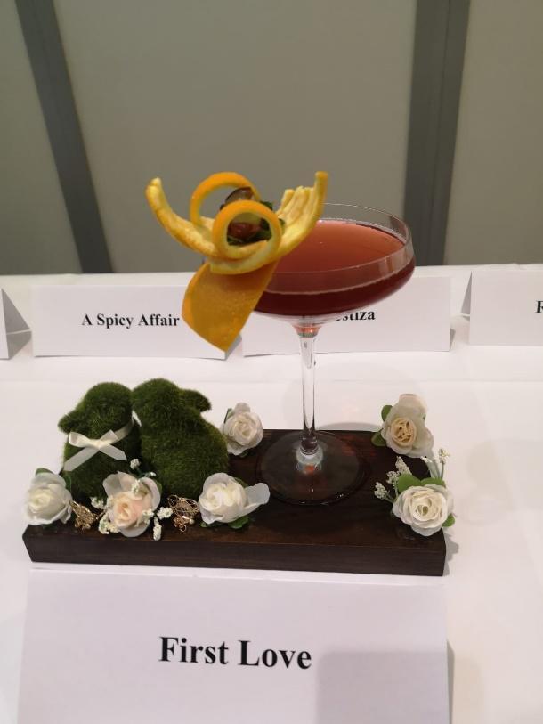 Sinh viên Viện Phát triển Quản lý Singapore (MDIS) đạt giải Nhất và Nhì Cuộc thi Pha chế Cocktail Singapore 2020 - Ảnh 2
