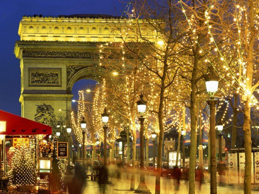 http://turismo.org/imagenes/arco-del-triunfo.jpg