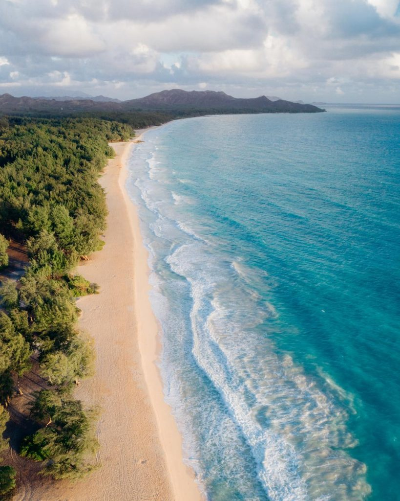 The beautiful and relaxing Waimanalo Beach Park - 15 Best Beaches on Oahu
