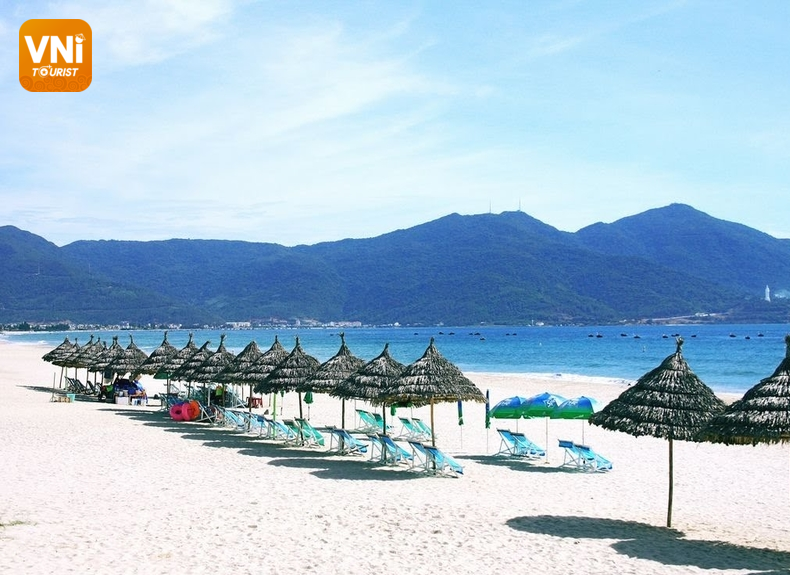 Danang tourist destinations-my khe beach