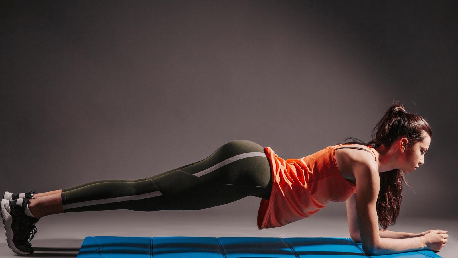 Tư thế tấm ván trong yoga