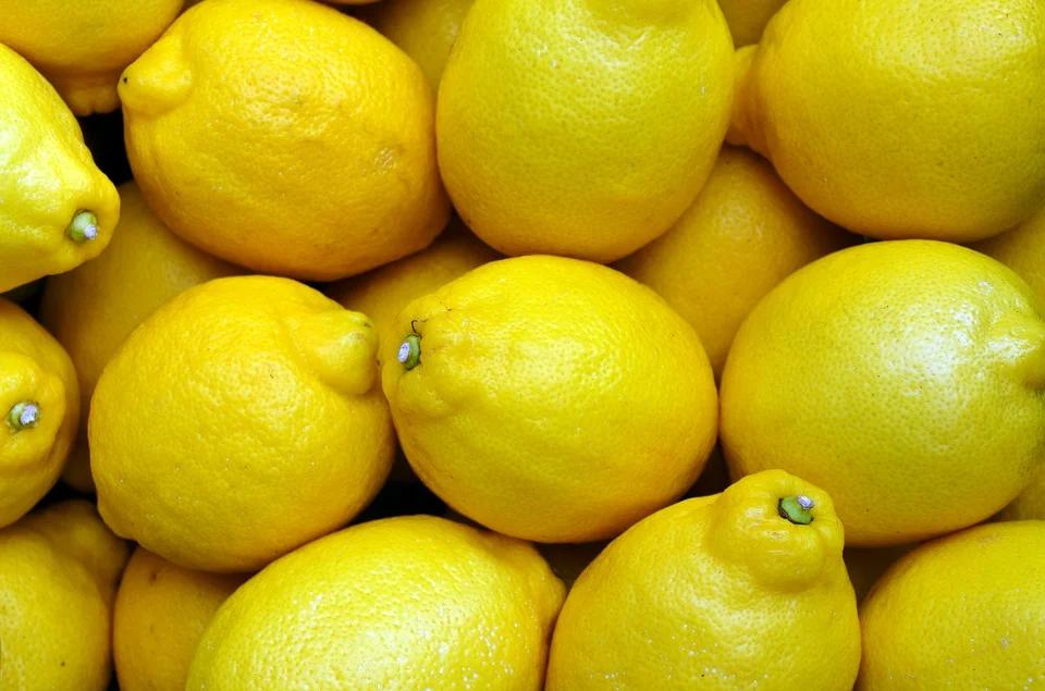 a lot of lemons- www.hufflebuzz.c
