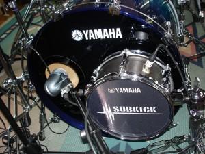 Kick drum mic and sub-kick mic