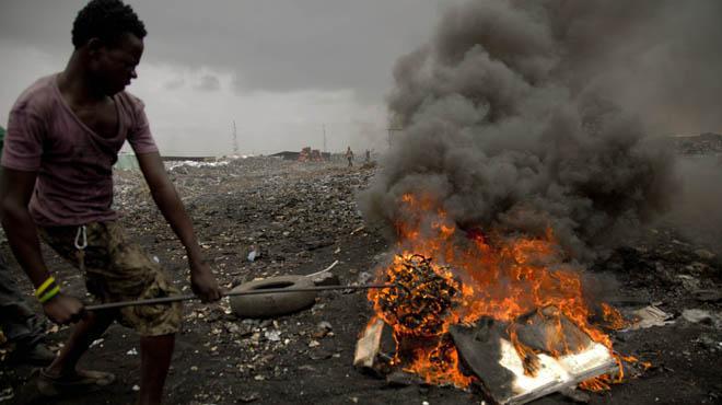 Resultado de imagen para BASURERO TECNOLOGICO DE GHANA